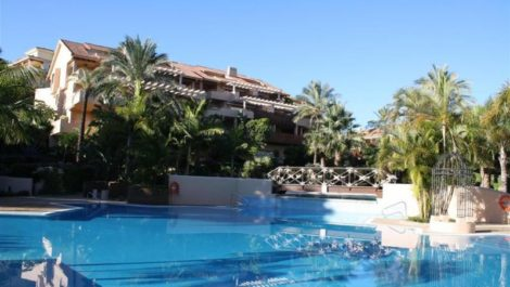 2 bedroom Penthouse for sale in Río Real – R2697899 in