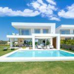 Modern villas in Santa Clara, Marbella East