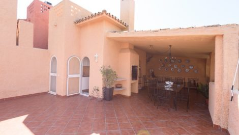 4 bedroom Townhouse for sale in Nueva Andalucía – R2803202