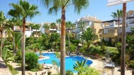 Atico de 3 dormitorios en venta en Bahía de Marbella – R2878640 en
