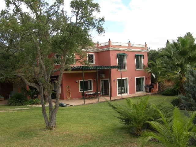 Villa de 5 dormitorios en venta en Sotogrande Alto – R3008873