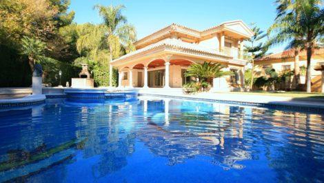 6 bedroom Villa for sale in Mijas – R3051847