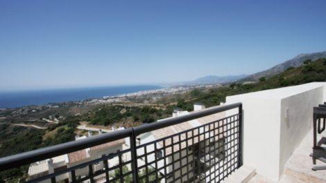 3 bedroom Penthouse for sale in Altos de los Monteros – R3104558 in