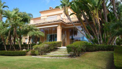 Villa de 6 dormitorios en venta en Sotogrande Alto – R3172951 en