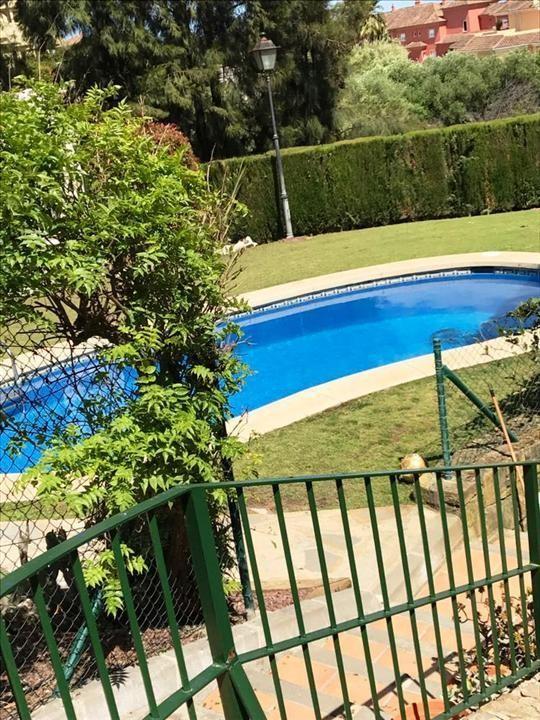 4 bedroom Villa for sale in Sotogrande – R3183412