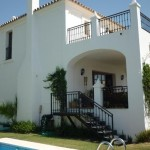 Villa de 3 dormitorios en venta en Selwo – R3209791