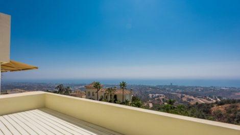 3 bedroom Penthouse for sale in Altos de los Monteros – R3112435 in