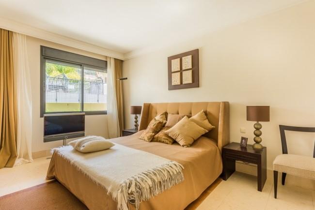 3 bedroom Penthouse for sale in Altos de los Monteros – R3112435