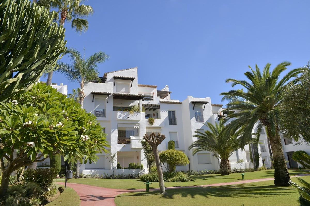 Atico de 3 dormitorios en venta en Costalita – R3286696 en