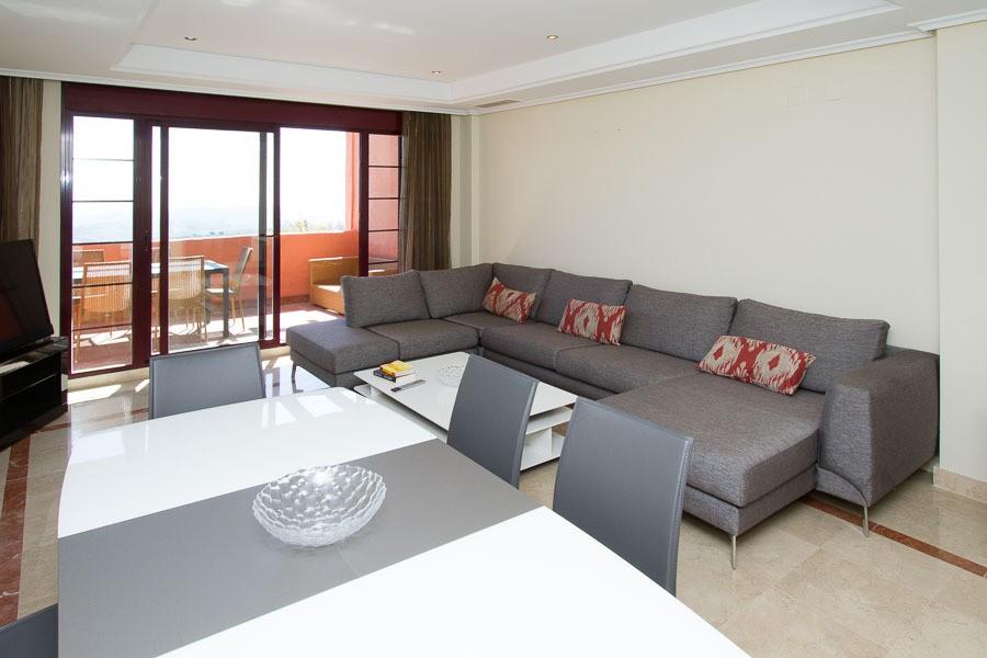Atico de 3 dormitorios en venta en La Mairena – R2922401