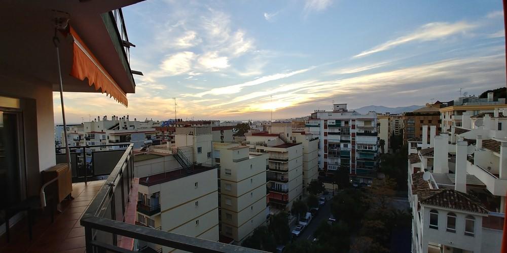 Apartamento de 3 dormitorios en venta en Marbella – R3277285