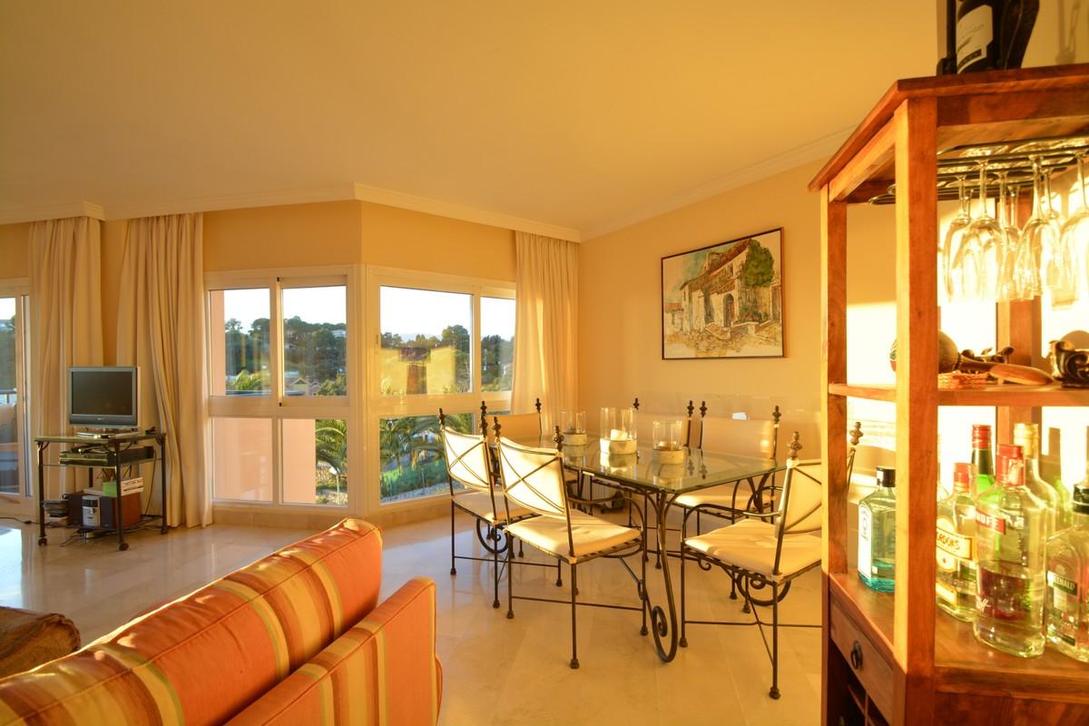 Atico de 3 dormitorios en venta en Río Real – R405661