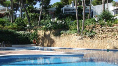 2 bedroom Villa for sale in Calahonda – R2293778 in