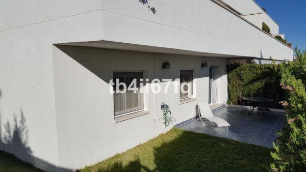 4 bedroom Villa for sale in Altos de los Monteros – R3134599