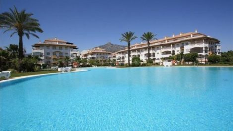 3 bedroom Apartment for sale in Nueva Andalucía – R2299517