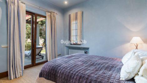 5 bedroom Villa for sale in Sotogrande – R3264400