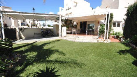 4 bedroom Villa for sale in Sotogrande Costa – R142333 in