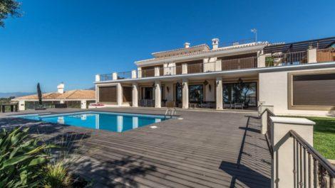 7 bedroom Villa for sale in Elviria – R2270873