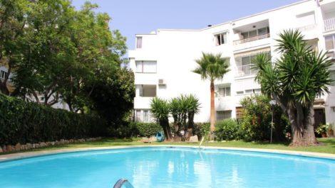 5 bedroom Villa for sale in Elviria – R2950769