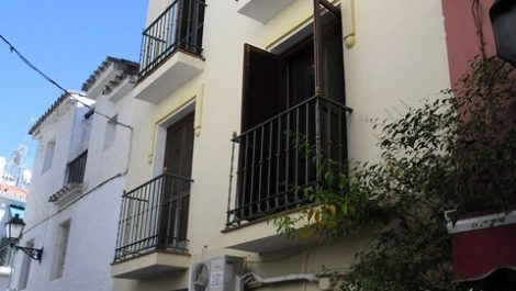 2 bedroom Townhouse for sale in Marbella – R171130 in