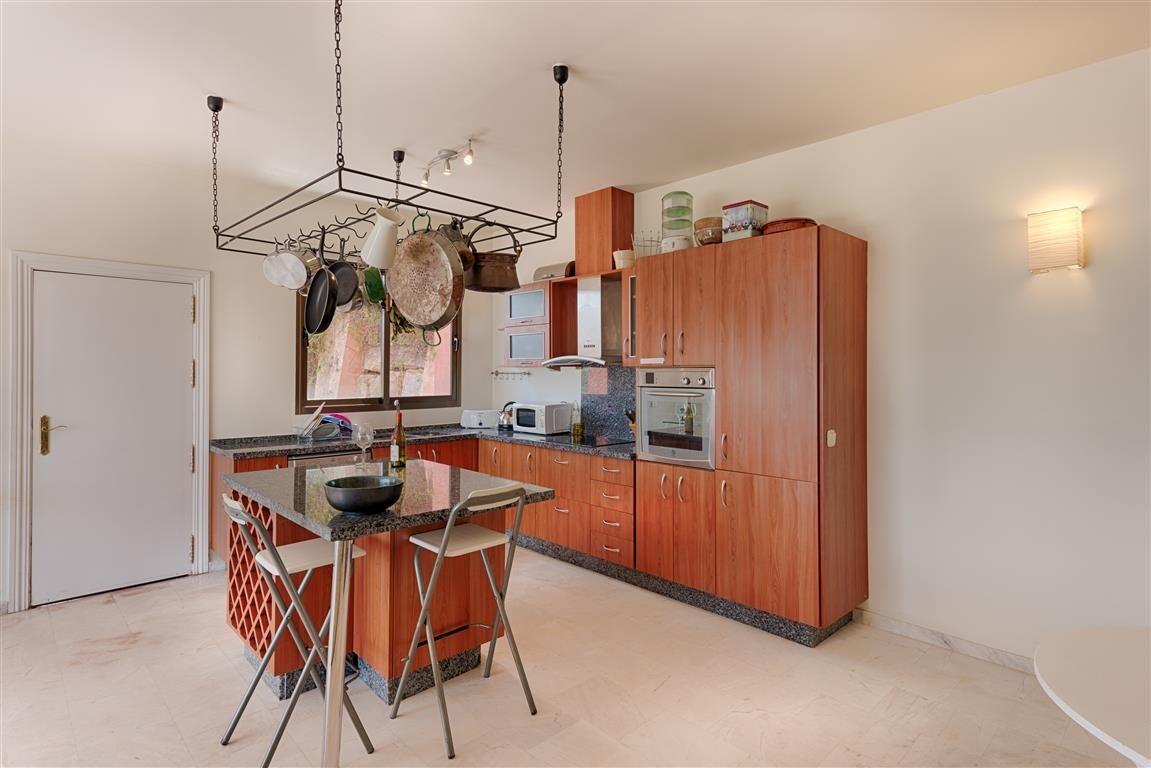 3 bedroom Apartment for sale in La Mairena – R2412413