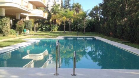 3 bedroom Apartment for sale in Nueva Andalucía – R2380121