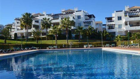 3 bedroom Apartment for sale in Elviria – R2325263