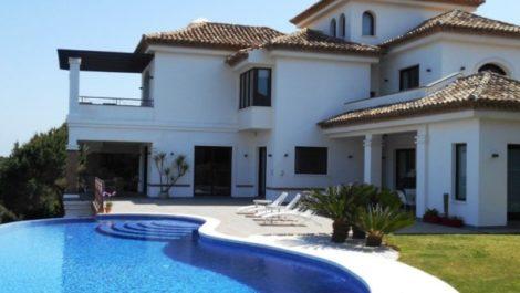6 bedroom Villa for sale in Sotogrande – R3009659 in