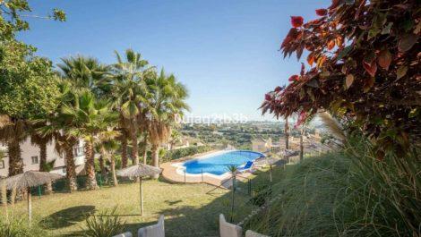 Apartamento de 2 dormitorios en venta en Benahavís – R3066889 en