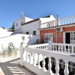 Adosado de 5 dormitorios en venta en Nueva Andalucía – R3358834