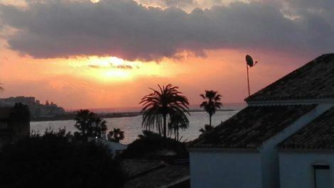 3 bedroom Villa for sale in Estepona – R2891615
