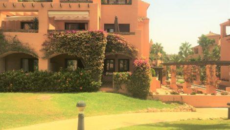 Apartamento de 2 dormitorios en venta en Hacienda del Sol – R3011501 en