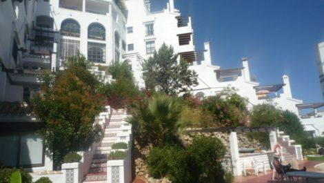 2 bedroom Apartment for sale in Calahonda – R2015999