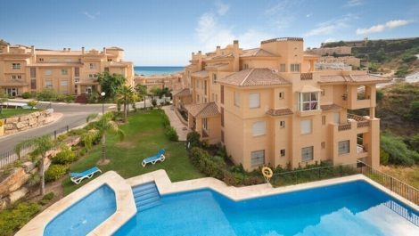 2 bedroom Apartment for sale in Calahonda – R135236 in