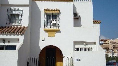 Atico de 2 dormitorios en venta en Los Monteros – R395469 en