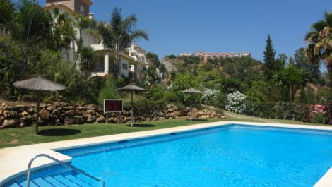 3 bedroom Apartment for sale in Benahavis – R3253435