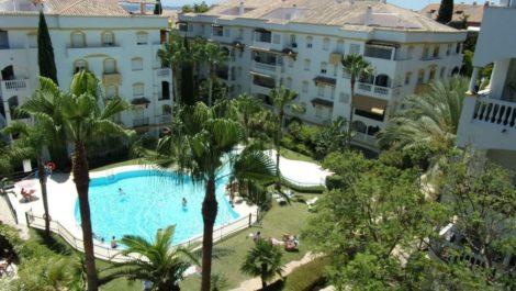Apartamento de 2 dormitorios en venta en Nagüeles – R3265816 in