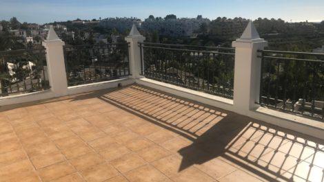 Villa de 3 dormitorios en venta en Nueva Milla de Oro – R3365908 en