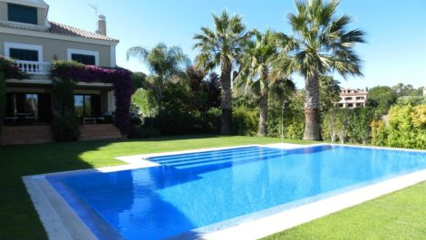 5 bedroom Semi-detached for sale in Sotogrande Alto – R3375766