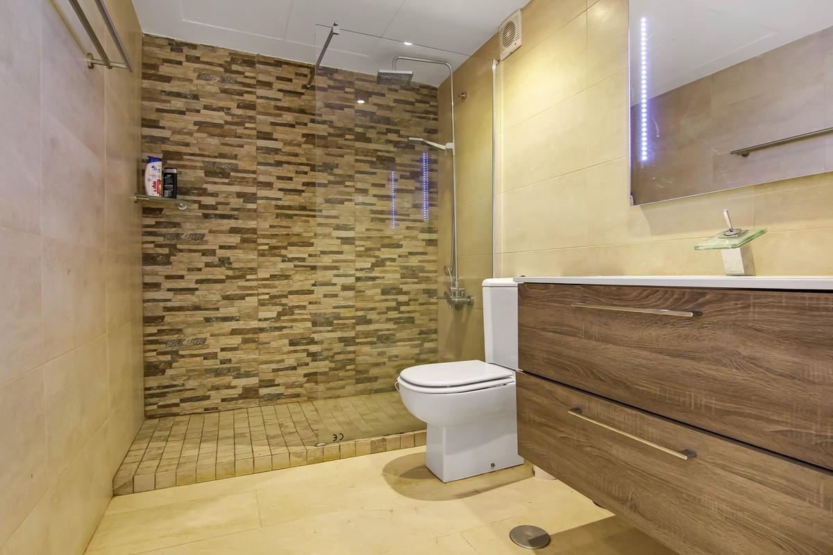 3 bedroom Penthouse for sale in La Quinta – R3376321