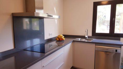 Apartamento de 2 dormitorios en venta en Benahavís – R3378397