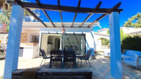 Villa Pareada de 2 dormitorios en venta en Marbella – R3380713