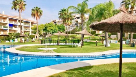2 bedroom Apartment for sale in Puerto Banús – R3251848