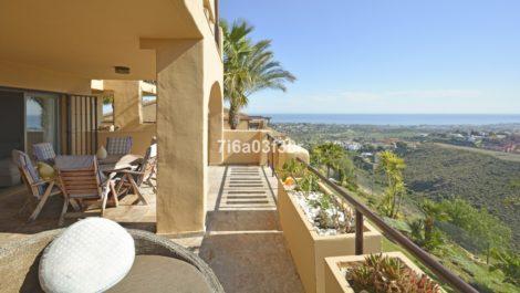2 bedroom Apartment for sale in Benahavis – R3395176