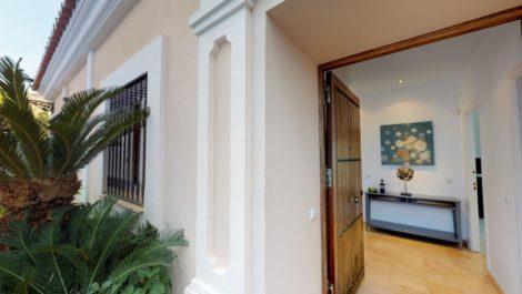 Villa de 3 dormitorios en venta en Nueva Andalucía – R3416374 in
