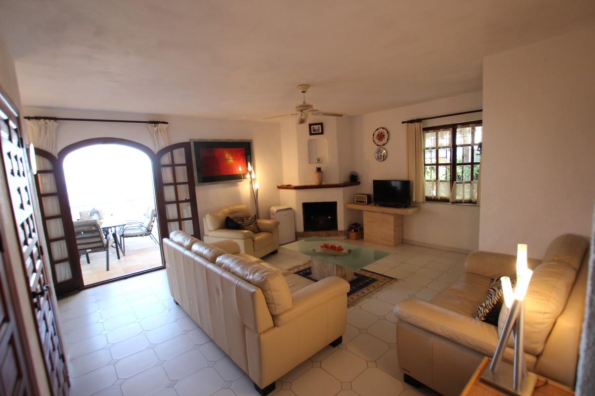 Adosado de 2 dormitorios en venta en  – R3405013