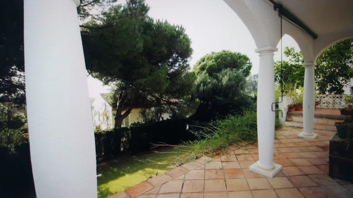 3 bedroom Villa for sale in Cabopino – R3063328