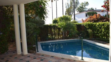5 bedroom Villa for sale in Guadalmina Baja – R2816546 in