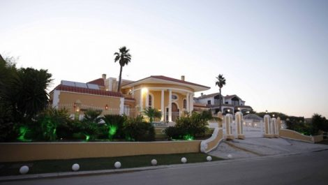 8 bedroom Villa for sale in Sotogrande Alto – R2307689