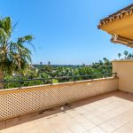 2 bedroom Apartment for sale in Elviria Hills – R3394177
